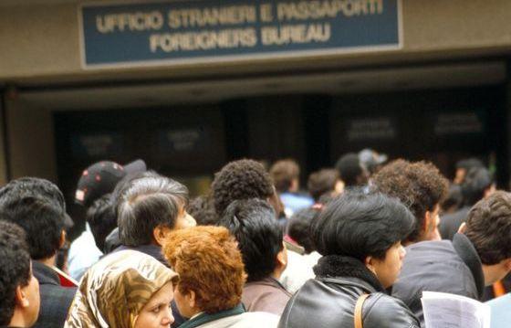 Rinnovo dei permessi di soggiorno per attesa occupazione: il 28 ...
